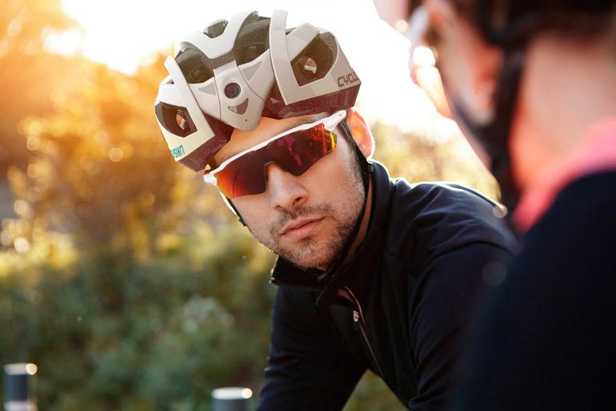 Los ciclistas tendrán ojos en el cogote