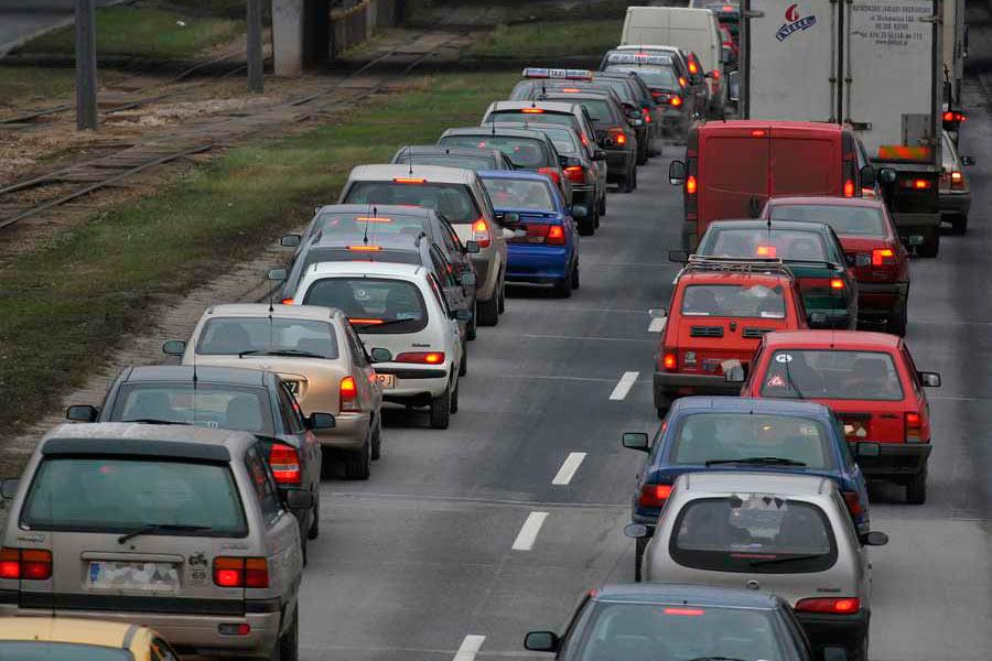 Retirar los coches antiguos aumentaría la facturación de los talleres