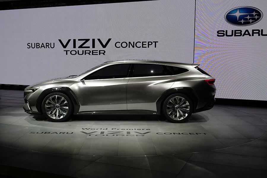 Subaru Viziv Tourer Concept.