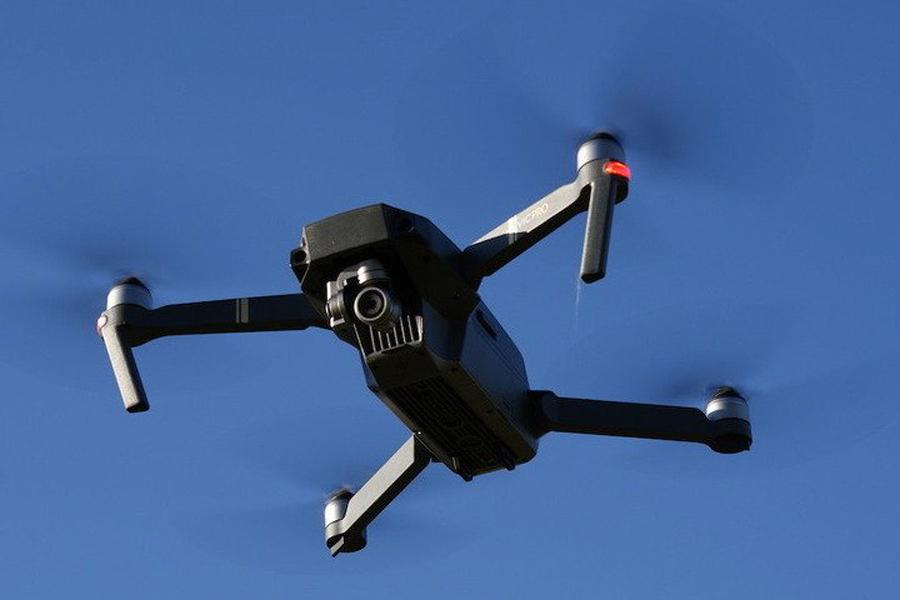 Así son los drones que prueba la DGT para multarnos desde el aire