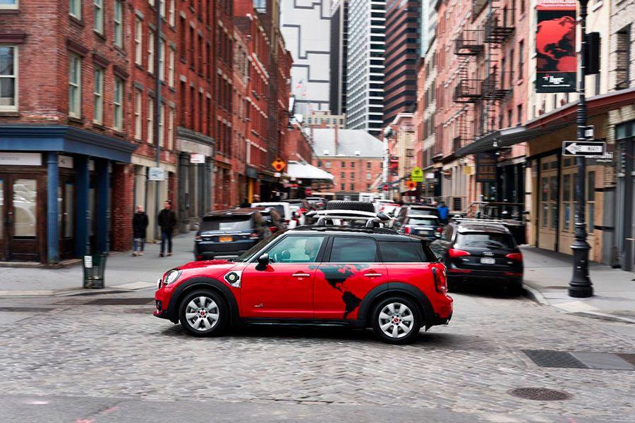 Esta versión especial del Mini Countryman híbrido enchufable se presentó en Nueva York el mes pasado.