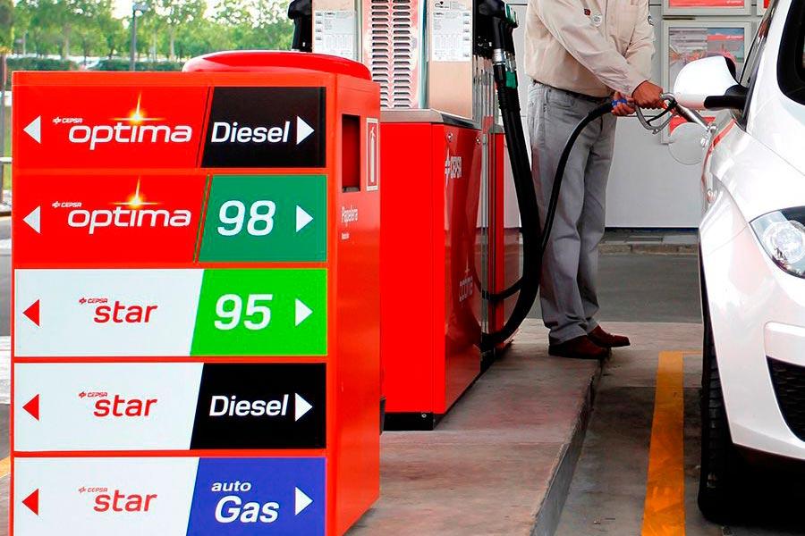 El parque de vehículos de gas natural aumenta un 38% en 2017