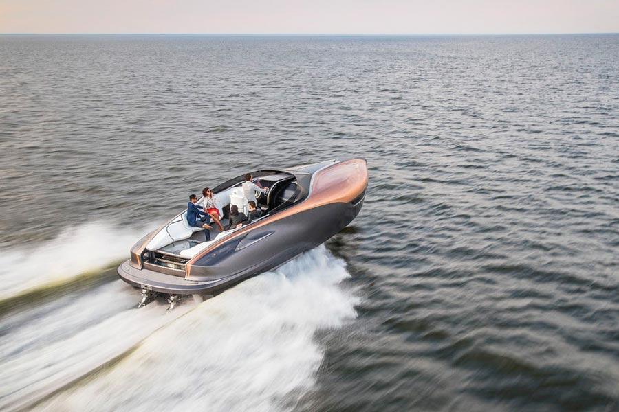 Lexus Sport Yacht.