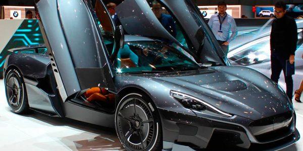 Rimac C_Two: el eléctrico con 1.900 CV que hace olvidar al hipotético Tesla Roadster