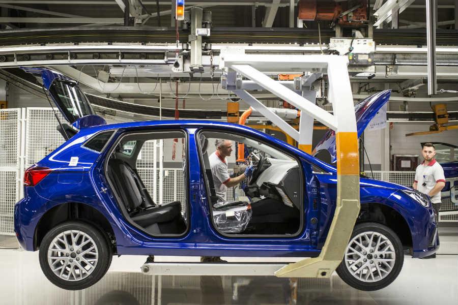 5 cambios que han transformado la fabricación de un coche
