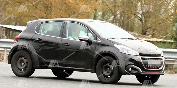 Fotos espía del nuevo Peugeot 2008 2019