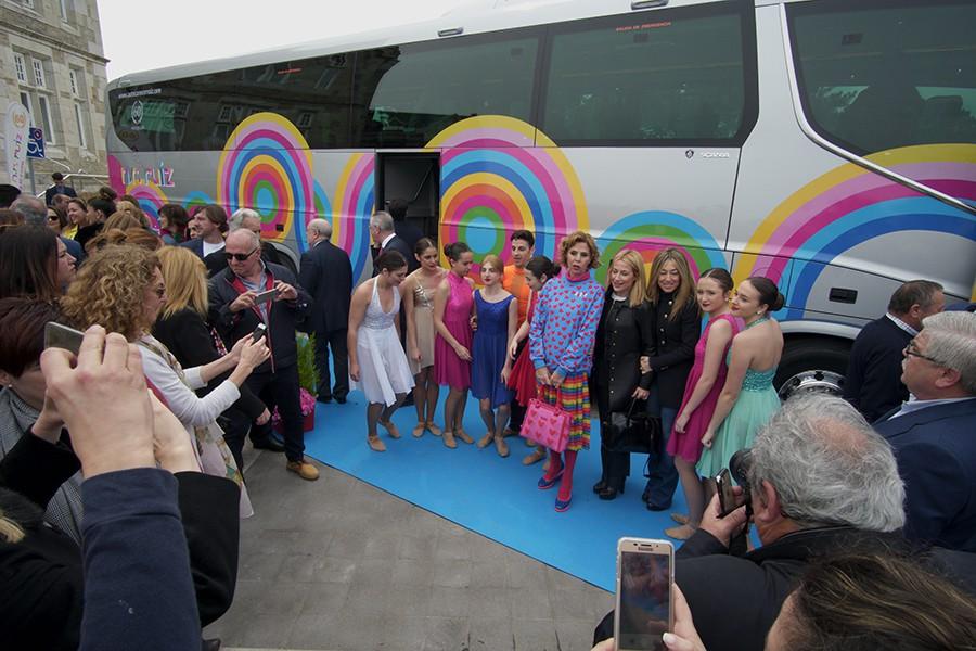 El autobús es un Irizar 8 tope de gama con chasis Scania.