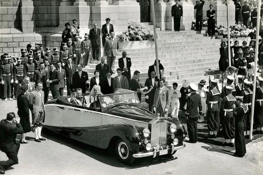 Grace Kelly tuvo algo más de estilo con este Rolls.