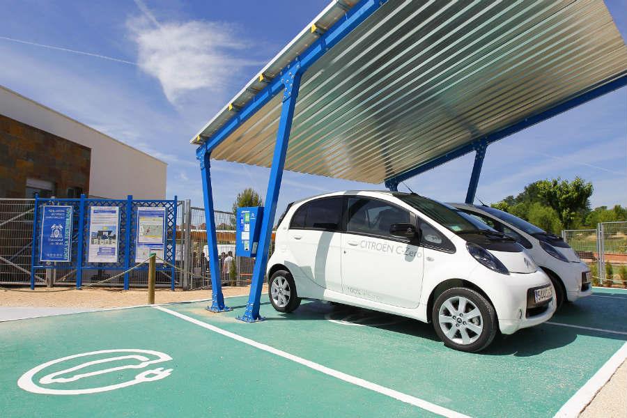 Anfac pide que se eliminen los picos de compra de vehículos alternativos