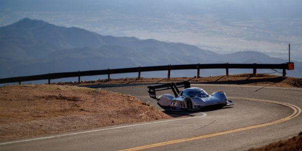 Volkswagen I.D. R Pikes Peak: a por el récord en la carrera hacia las nubes