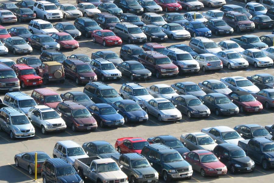 Por qué el coche autónomo puede ahorrar espacio para aparcar