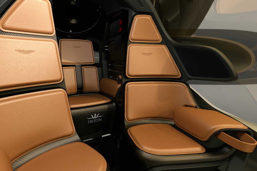 Su interior estará equipado con una lujosa combinación de cuero cosido a mano y fibra de carbono.
