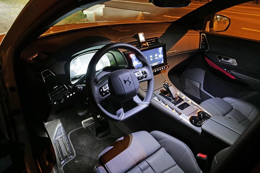 El interior del DS7 es de los más acogedores del mercado.