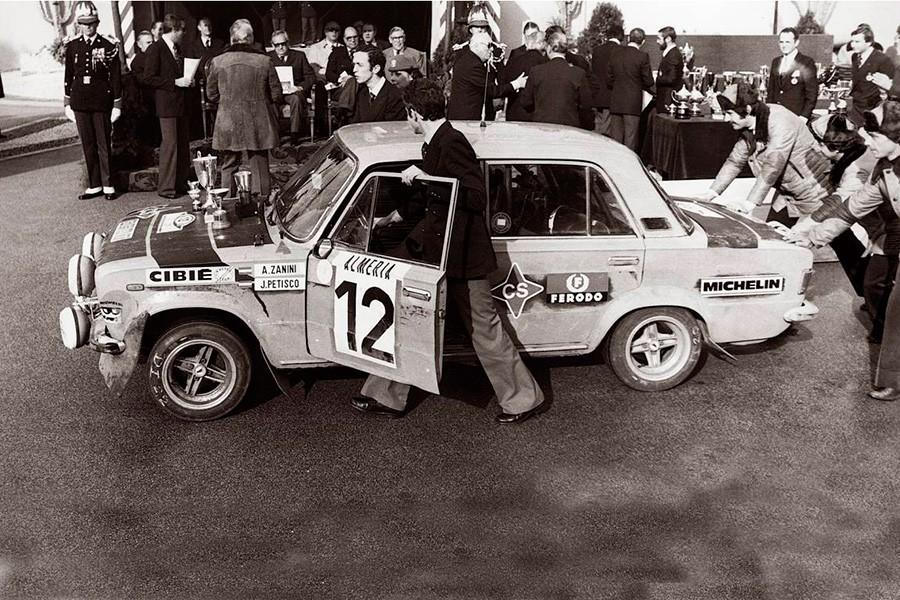 La buena actuación en los rallys hizo que se ganasen el sobrenombre de taxis voladores.