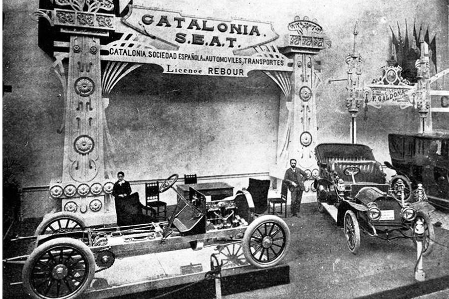 Stand de Catalonia S.E.A.T. en el Salón de Madrid de 1907