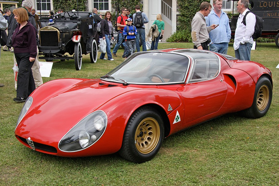 El Alfa Romeo 33 es uno de los coches de competición más bellos jamás diseñado.