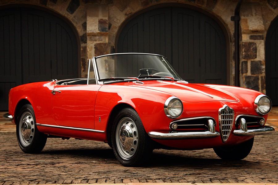 El Giulietta Spider es uno de los descapotables más bellos jamás diseñado.