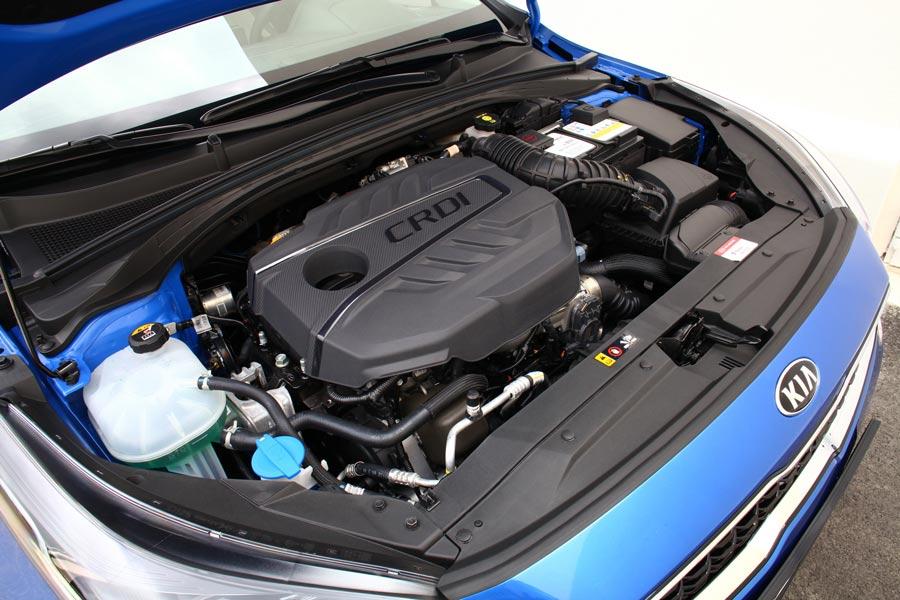 El motor CRDI del Ceed 2018 es nuevo y está disponible en dos niveles de potencia.