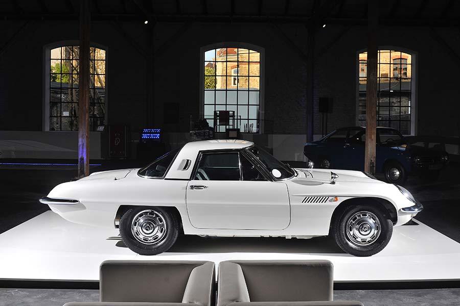 Mazda Cosmo, el primer coche con motor rotativo