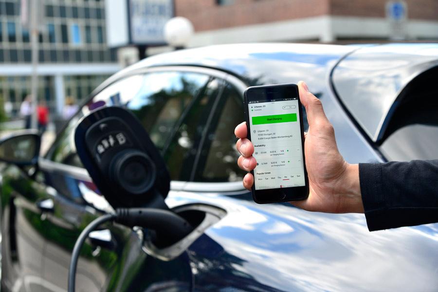 Porsche te facilita la recarga de tu eléctrico con una aplicación móvil