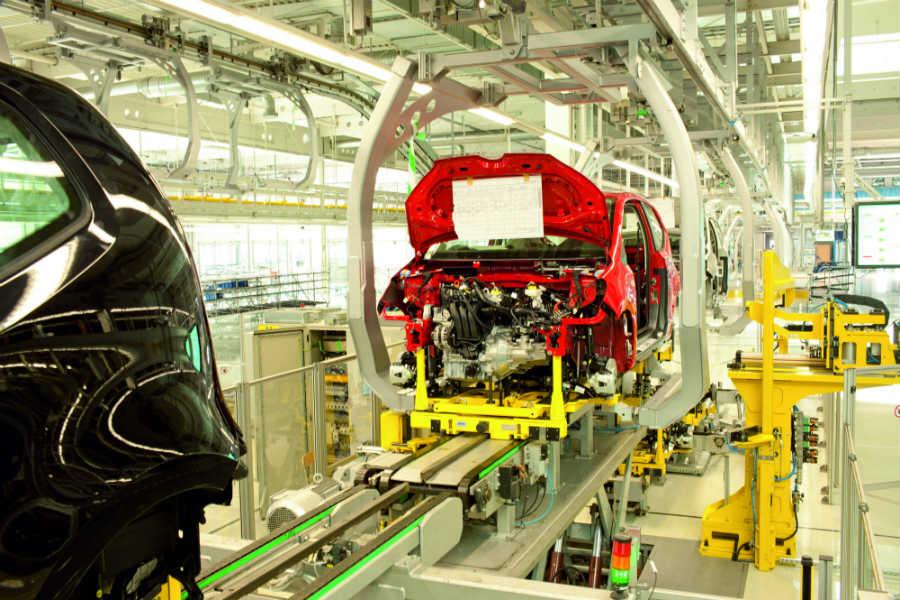 EU reforzará revisión de inversiones chinas en sector tecnológico
