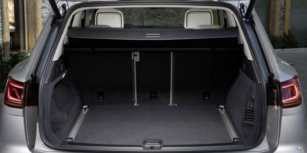 Cómo cargar el maletero del coche para viajar de forma segura