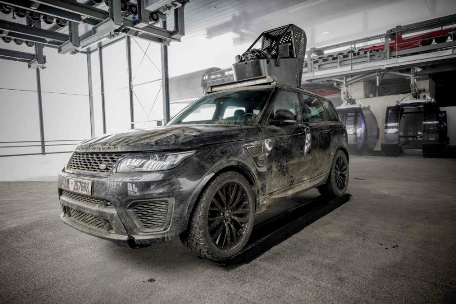 El Range Rover Sport SVR utilizado por Hinx