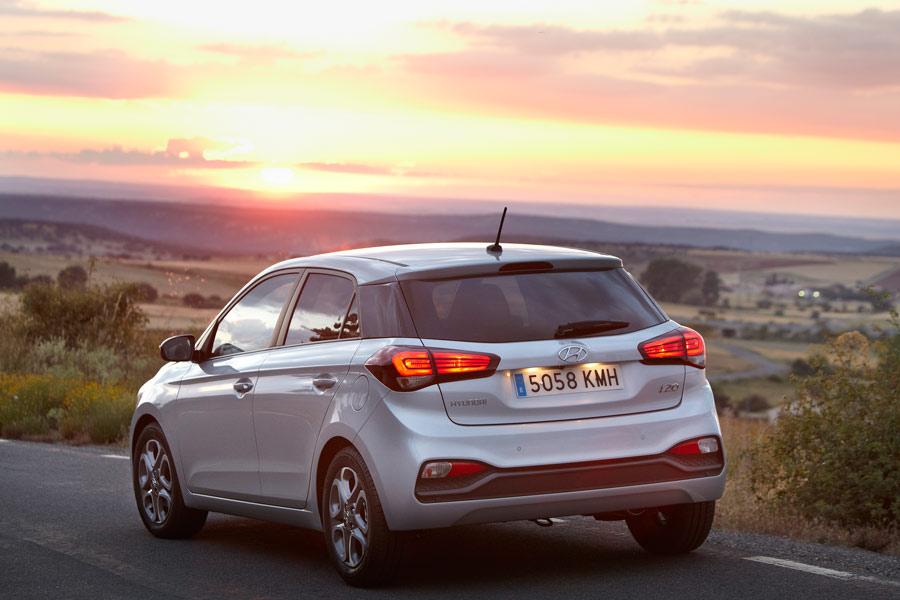 Además de la versión 5 puertas, la carrocería del i20 está disponible en variantes Active o Coupé (3 puertas).