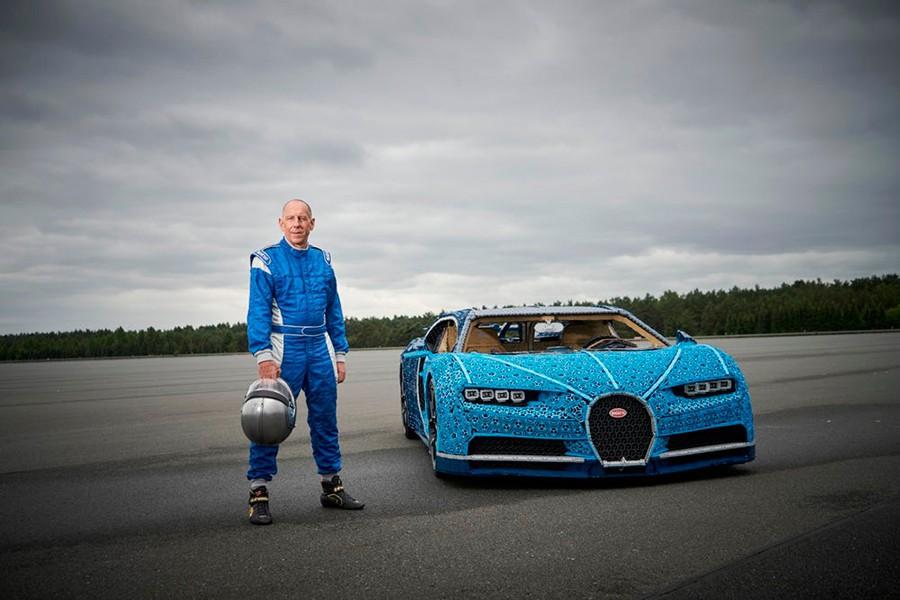 Así es el Bugatti Chiron que LEGO Technic fabrica en tamaño real
