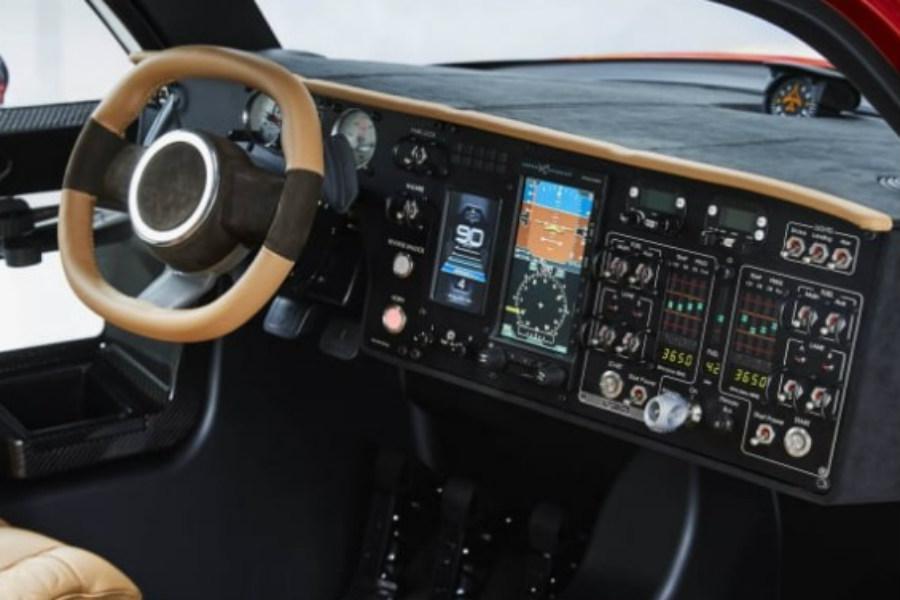 El interior del PAL-V es muy similar al de un helicóptero convencional