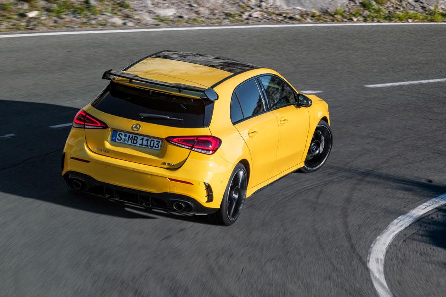 Mercedes-AMG A35 dinámicas.