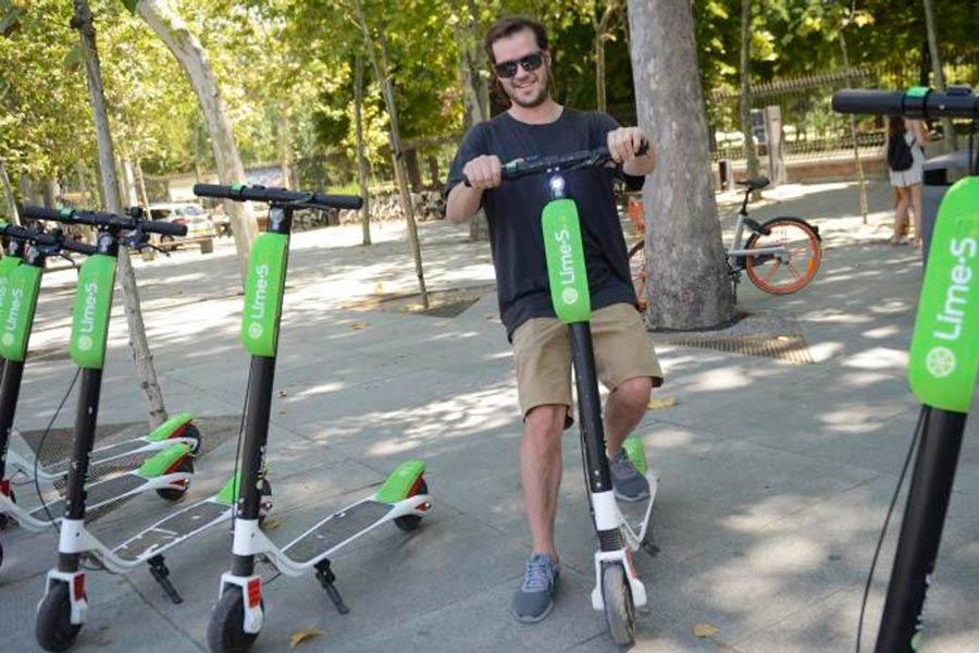 Las bicicletas y los patines eléctricos nos invaden