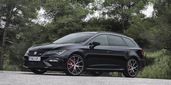 Seat León ST Cupra Black Carbon: ¡todo al negro!