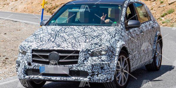 Fotos espía de la mula del nuevo Mercedes EQB