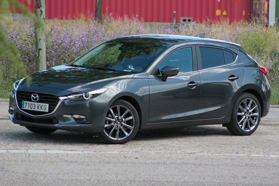 El Mazda3 con motor de gasolina de 120 CV acelera de 0 a 100 km/h en 8,9 segundos.