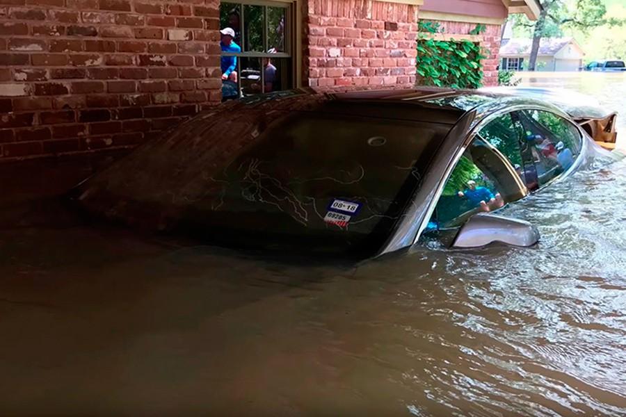 Los coches eléctricos son más vulnerables en caso de inundación.