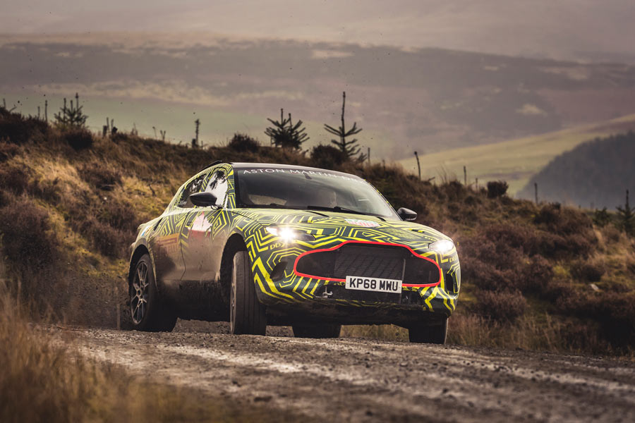 Aston Martin DBX Prototype: ya rueda el primer SUV de la marca británica