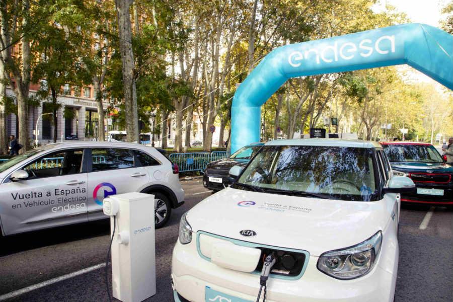 La II Vuelta a España en vehículo eléctrico se ha completado con apenas 10 euros