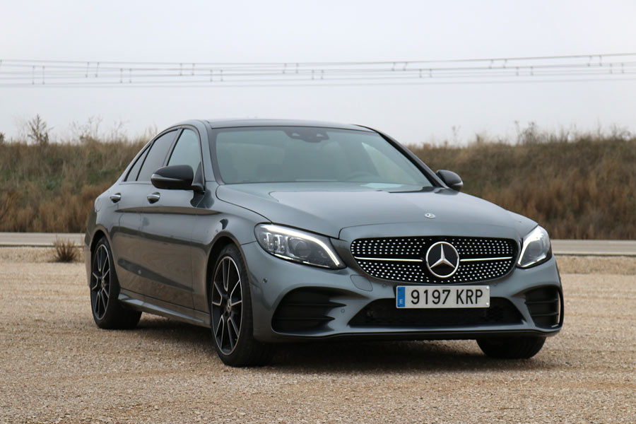 El nuevo Mercedes Clase C destaca, entre otras cosas, por su magnífico asistente semiautónomo.