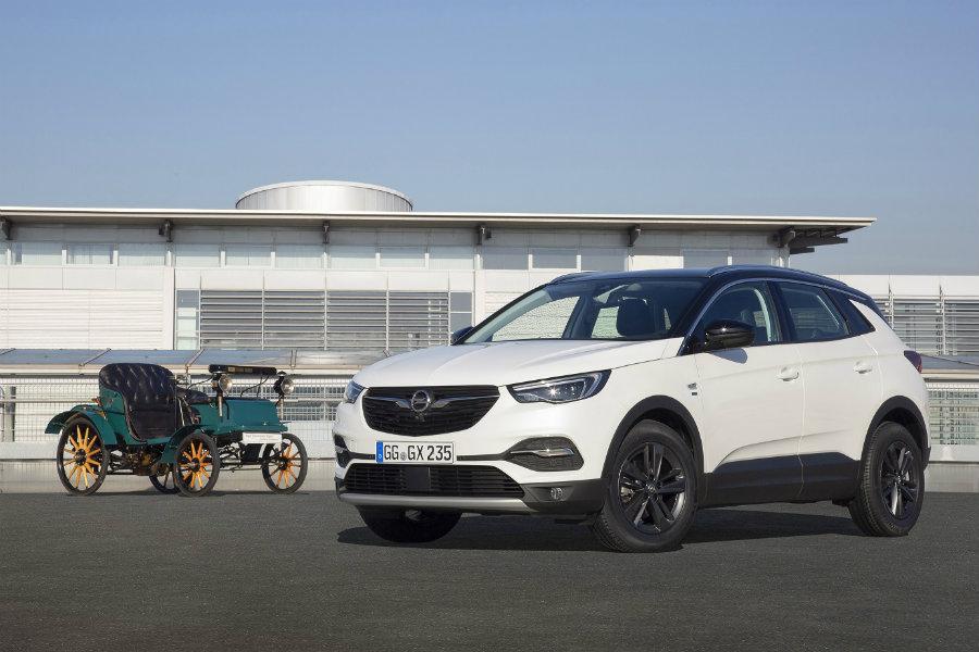 """Opel celebra su cumpleaños con la edición especial """"120 aniversario"""""""