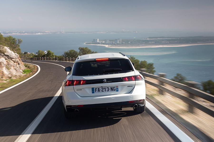 El confort de marcha es una de las matores virtudes del Peugeot 508 SW.