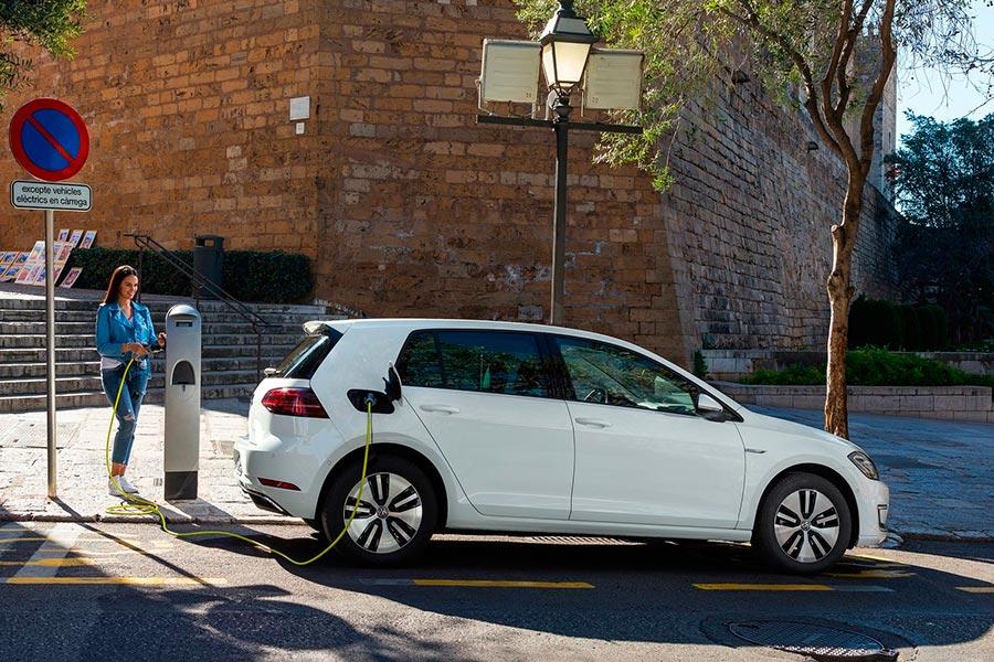 La autonomía de los coches eléctricos ha aumentado enormemente en los últimos seis años