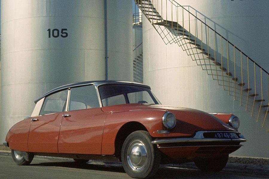 Citroën también está de centenario en esta edición de Automobile Barcelona.
