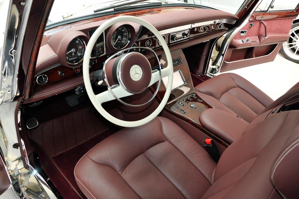 Mercedes-Benz 600 Pullman restaurado