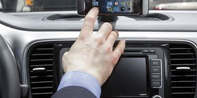 Nuevo VW Beetle Connection para iPhone 4 y 5