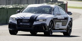 El Audi RS 7 bate récords ¡conduciendo solo!