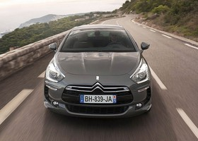El Citroën DS5 es la berlina de lujo del doble chevrôn