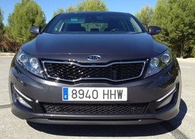 Frontal del Kia Optima.