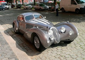 Devaux Coupe, Wiki Commons