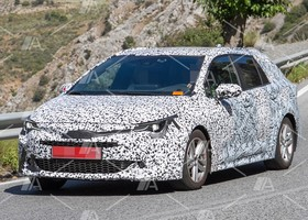 Primeras fotos del Toyota Auris Touring Sports 2019 (6)